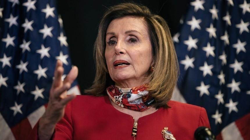 Стало страшно: Нэнси Пелоси попросила больше денег набезопасность Капитолия