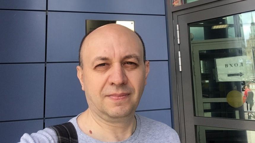 Адвокат сообщил озадержании главреда «Медиазоны» Сергея Смирнова