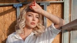 Экс-солистку «Мобильных блондинок» жестоко избили вночном клубе Москвы