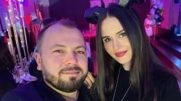 Жену Сумишевского, находящуюся вкоме, навертолете доставили вдругую клинику