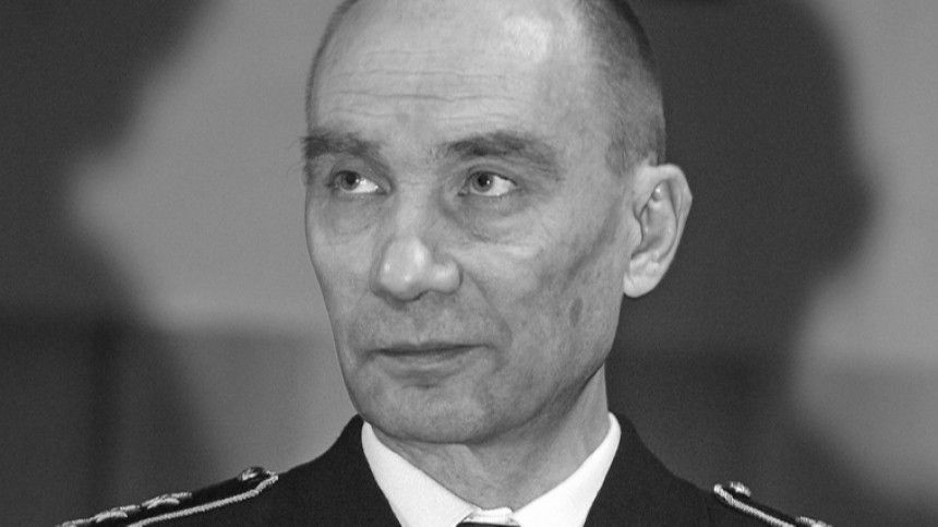 Умер бывший главком ВМФ РФВладимир Высоцкий