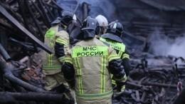 Инспекторов ДПС изЯНАО наградят заспасение людей вовремя пожара— видео