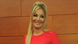 «Ажпротивно»: дочь Успенской ополчилась на«бросившую мать» Максакову