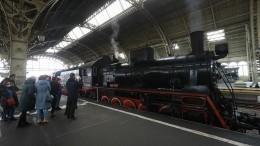 Петербуржцы встретили «Поезд Победы»