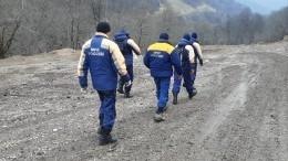 Вгорах Чечни пропала группа из14 человек— видео поисковой операции
