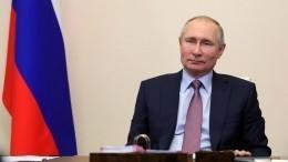 «Где деньги, Зин?»— Путин потребовал разобраться сзарплатами ученых врегионах