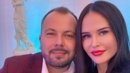 «Наташеньки больше нет»: певец Сумишевский похоронил жену после страшного ДТП