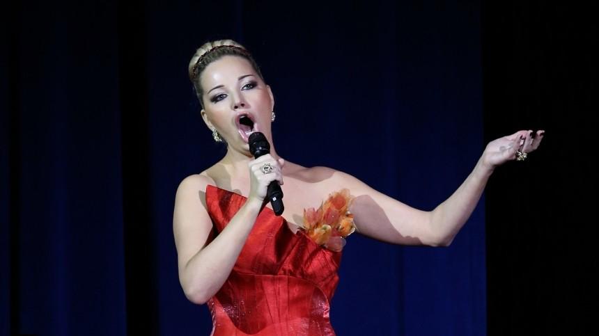 «Запрещенный прием»: Максакова исполнила оперу, чтобы заглушить оппонента