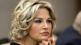 «Всегда меня пинаешь!»— Максакова довела дослез мать погибшего мужа