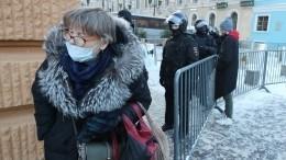 Власти Петербурга ослабили коронавирусные ограничения