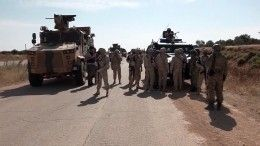 Военные России иТурции провели совместные тренировки всирийском Серакибе