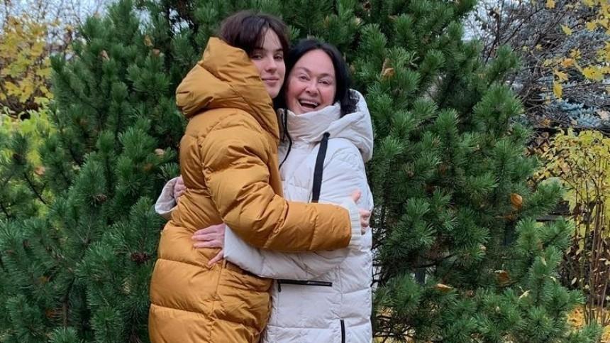 «Попьяни»: дочь Ларисы Гузеевой рассказала, как травмировала ногу