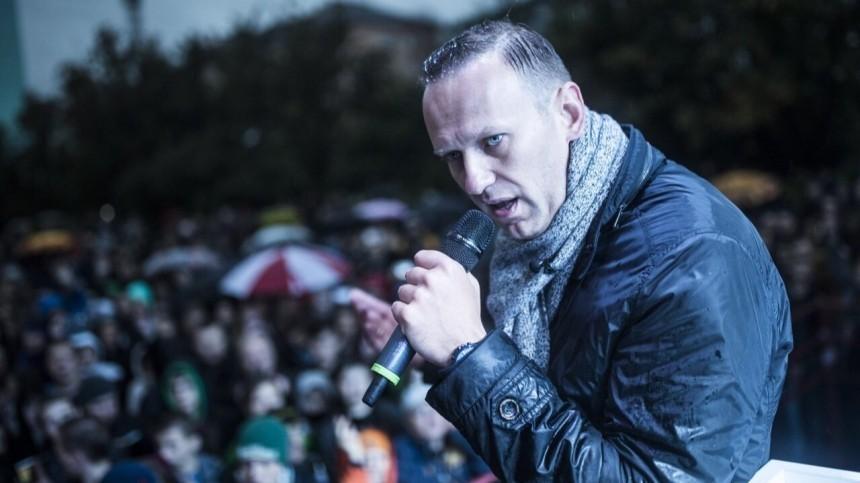 Навального доставили вБабушкинский суд
