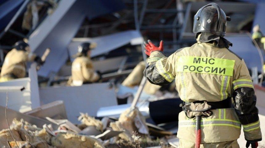 Как выглядел разрушенный взрывом дооснования трехэтажный ТЦвоВладикавказе