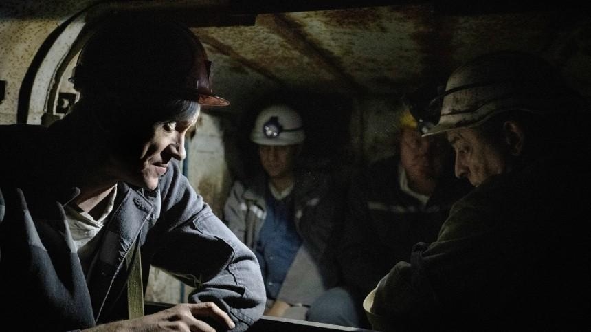Нашахте вКузбассе обрушилась порода, горняки экстренно эвакуируются