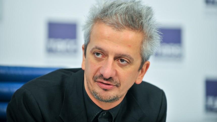 Богомолов устроил жаркий спор вэфире шоу Собчак о«паразитическом классе»
