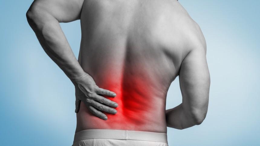 Боль вногах назвали симптомом смертельно опасной болезни