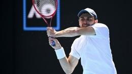 Назван соперник россиянина Аслана Карацева вполуфинале Australian Open