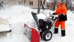 Автомобилисты засыпали власти жалобами накоммунальщиков после уборки снега