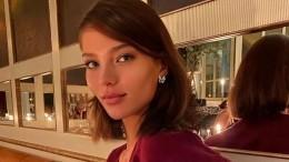 «Я— девушка моей мечты»: Кафельникова снялась топлес воткровенной фотосессии