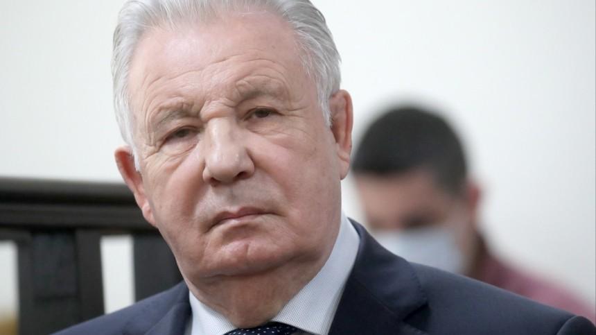 Экс-губернатор Хабаровского края Ишаев признан виновным врастрате