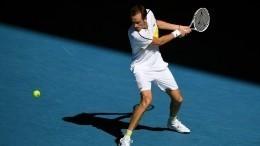 Медведев обыграл Рублева ивпервые вышел вполуфинал Australian Open