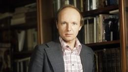 Борец зарусское искусство: Творческий путь Андрея Мягкова