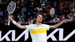Россиянин Даниил Медведев вышел вфинал Australian Open