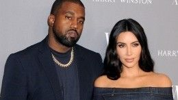 Ким Кардашьян иКанье Уэст официально подали наразвод иначали раздел имущества