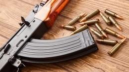 Мужчина открыл стрельбу изавтомата вПетербурге