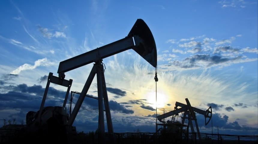 Цена нефти Brent превысила 66 долларов забаррель впервые сянваря 2020 года