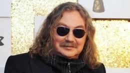 Молодой ибез усов: Николаев показал черно-белое фото своинской присяги