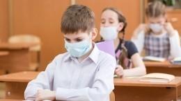 Уполовины перенесших COVID-19 детей симптомы коронавируса сохраняются месяцами