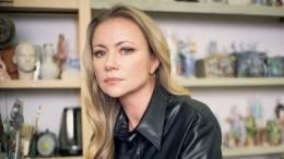 «Спасибо!»— Мария Миронова обратилась кАндрею Малахову после похорон матери