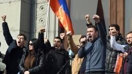 Что общего между кризисом всегодняшней Армении иРоссией в90-е годы?