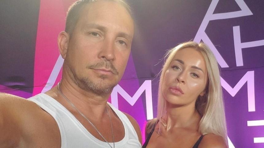 «Угрожали набить морду»: невесту Данко затравили всети заслова про алиментщиц
