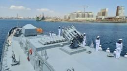 Боевой корабль ВМФ РФвпервые вошел впорт Судана