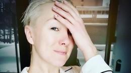 «Прости»: Дарья Мороз показала, что стало смогилой еемамы Марины Левтовой