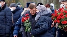 Никто незабыт, ничто незабыто: вПскове почтили память десантников 6-й роты