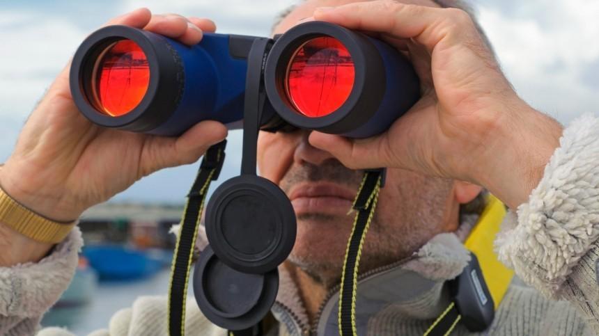 Британцев насмешила слежка запроходом российской лодки через Ла-Манш