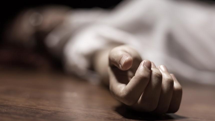 Записку спредложением руки исердца нашли рядом стелами мужчины иженщины