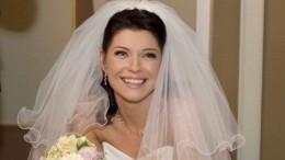«Никогда непоздно»: звезда «Ворониных» сыграет свадьбу мечты после 11 лет брака