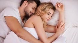 Неожиданно! Сексолог рассказала, как раздельный сон мужа ижены влияет набрак