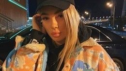 Instagram-блогера Олесю Рожкову избили водном избаров Приморья— видео