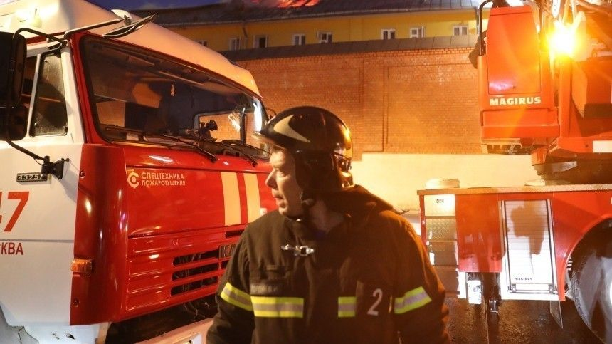 Девочку удалось вытащить из-под завалов дома после взрыва газа вПодмосковье