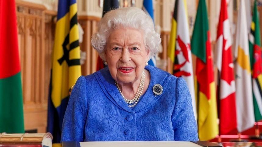Елизавета II выступила собращением накануне интервью принца Гарри иМеган Маркл