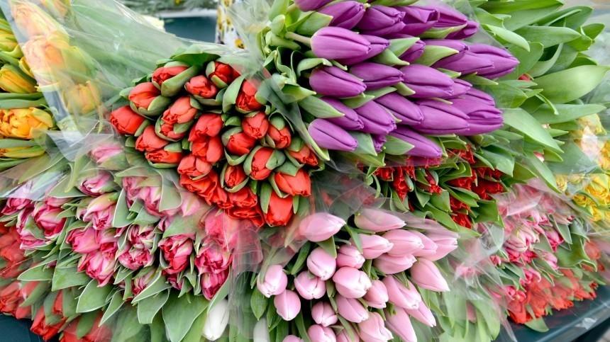 Какие цветы нельзя дарить женщинам на8Марта?