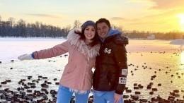 Многодетный жених Анастасии Макеевой все еще состоит взаконном браке