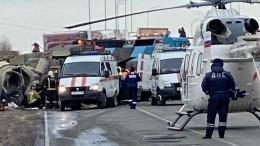 «Живого места нет»: бетономешалка раздавила два автомобиля под Москвой