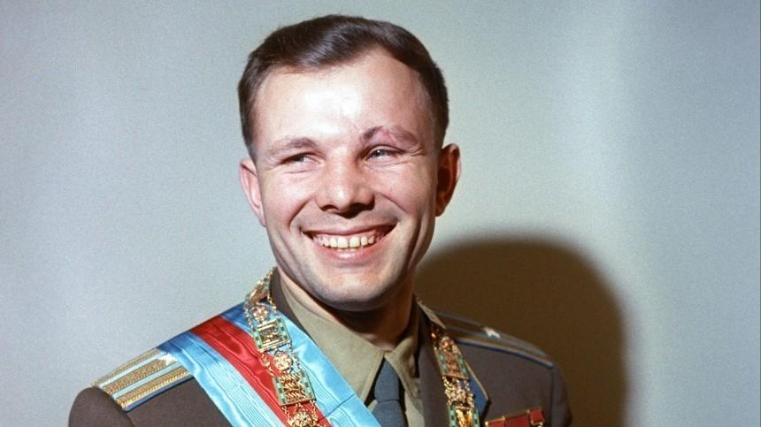 «Онбыл очарователен»: Елизавета II вспомнила знакомство сЮрием Гагариным